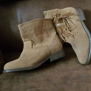 Youth rampage fringed brown boots